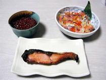 塩引鮭といくら醤油漬、飯寿司